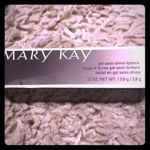 Mary Kay gel semi-shine lipstick 💄
